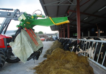 736_McHale-Rs4-Fodder-released-and-plastic-retention-